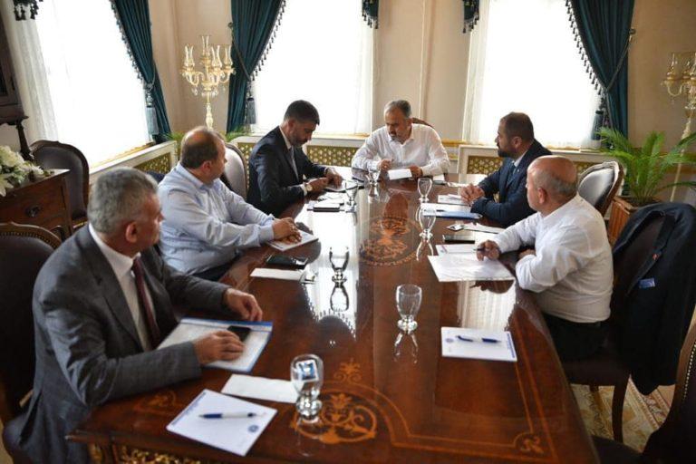 Alinur Aktaş dağ yöresi belediye başkanları ile buluştu
